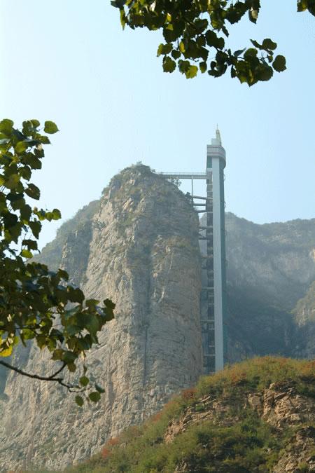 五龙口风景名胜区,位于济源市东北15公里的五龙口镇境内,...