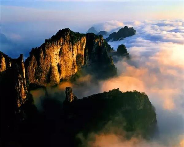 青山云海 古朴幽静 来轿顶山遇见最美风景
