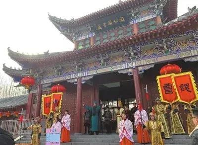 许昌市区灞陵桥新春庙会迎来